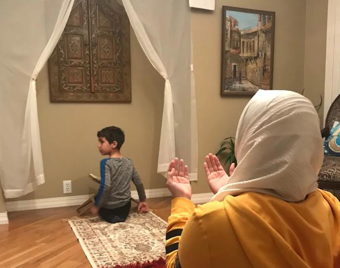 Familja në Winnipeg punoi xhami në shtëpi për Ramazan
