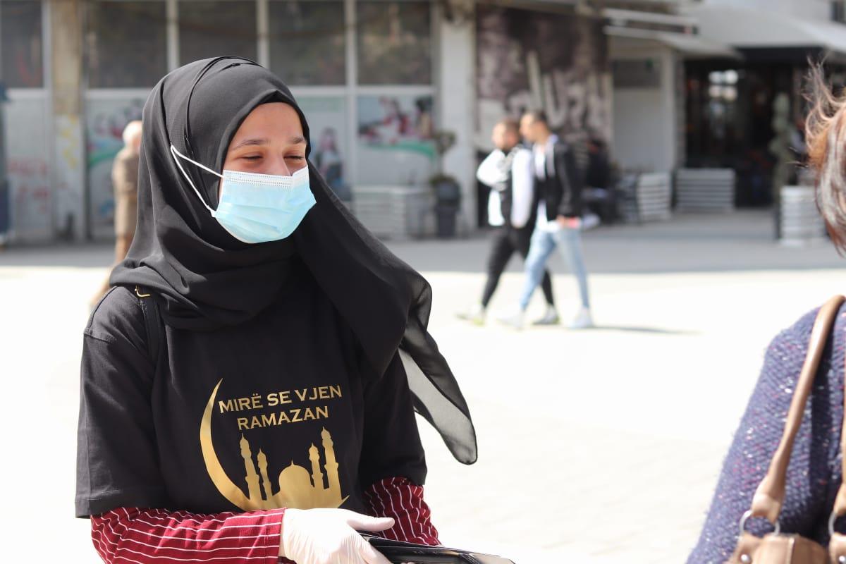 Studentët mitrovicas shënojnë ardhjen e Ramazanit me aksion simbolik (Foto)